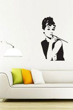 Audrey Hepburn, classy