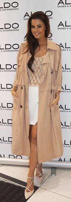 Camel Trench Spring Style by Annette Haga women fashion outfit clothing style apparel closet ideas Nude Outfits, Girly Outfits, Skirt Outfits, Pretty Outfits, Cool Outfits, Fashion Outfits, Casual Chic Style, Casual Street Style, Street Chic