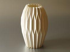 origami vaza   Name: origami vase Design: Hana Vyoralová www…   Flickr