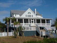 Edisto Realty - Island Time - Gorgeous Beachfront Home - Edisto Island, SC