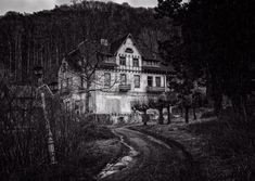 Free Image on Pixabay - House, Night, Lost Places, Mystical Nikon D3300, Abandoned Houses, Abandoned Places, Rv Travel, Places To Travel, Travel Blog, Free Pictures, Free Images, Lost Places