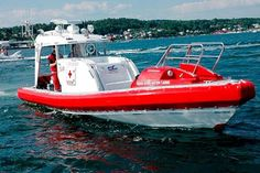http://ambulanciasyemerg.blogspot.com.es/2014/07/ambulancias-navales_10.html