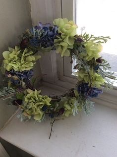 Thistle Meadow wreath by TheColonialDoorstep on Etsy