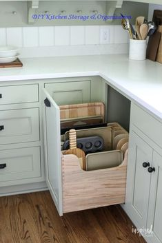 Bayberry Kitchen Remodel Reveal - Inspired by Charm Kitchen Makeover - Bayberry Kitchen Remodel Reveal – Kitchen Makeover Kitchen Design - Diy Kitchen Storage, Diy Kitchen Cabinets, Kitchen Cabinet Design, Home Decor Kitchen, New Kitchen, Kitchen Ideas, Kitchen Organization, Drawer Storage, Kitchen Counters
