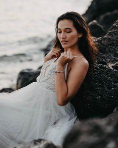 Waikiki Bridal Session — Haili Wise Photography Whimsical Wedding Inspiration, Wedding Rentals, Wedding Venues, Kauai Wedding, Princess Bridal, Bridal Session, Groom Style, Elopements, Boho Bride