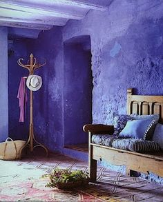 Nowords Amazing Purple Home Porch Amazing - maallure Purple Home, Murs Violets, Interior And Exterior, Interior Design, Purple Interior, Interior Walls, Interior Styling, Deco Boheme, Purple Walls