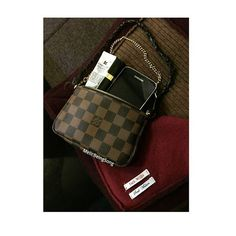 💕Today my bag&shawl #botd#lvminipochette#ootd#lvaddict#louisvuittonfans#lvoe#louisvuittonlover#jackwillslover#lvlover#wimb#jackwillsuk#jackwills#luvlv#luvlouisvuitton