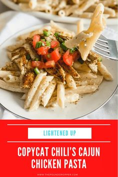 This cajun chicken pasta is a lightened up version ofChili's Cajun Chicken Pasta recipe-made right at home. This dish is made withhomemadecajun seasonings,skinlessbonelesschicken, penne pastaall tossed in a mouthwatering, creamy, lightened up alfredo sauce-then topped with diced Roma tomatoes, andchoppedgreen onions! via @pounddropper Chilis Cajun Chicken Pasta, Chicken Pasta Recipes, Chicken Penne, Penne Pasta, Boneless Chicken, Grilled Chicken Pasta, Cajun Shrimp Pasta, Seafood Pasta, Weight Watchers Chicken