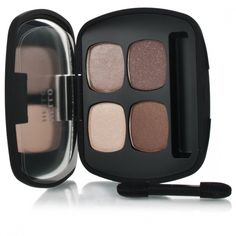 Bare Minerals Ready The Truth Eyeshadow Quad provides exceptionally vivid, long-lasting colour in an ultra smooth, silky texture for effortless application and seamless blendability with four shades that create multiple looks. Powered by SeaNutritive Mineral Complex along with powerful antioxidants, cold-pressed borage oil, caffeine and cucumber ingredients.