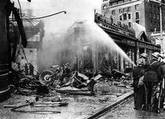 Photo:The crashed Dornier, Wilton Road, Victoria, 15 September 1940
