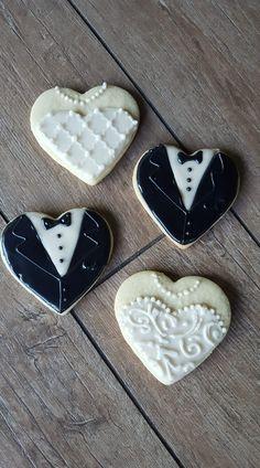 Royal Icing Cookies, Sugar Cookies, Gingerbread Man Cookie Cutter, Cookie Swap, Heart Cookies, Wedding Men, Wedding Ideas, Wedding Cookies, Cookie Decorating