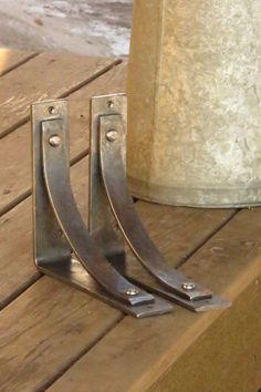 The Station Grandé line of shelf brackets and corbels in EXTRA LARGE SIZE! Listing includes ONE bracket ITEM DESCRIPTION: Traditional hand forged rustic shelf brackets/corbel, known by us as the Station bracket in a jumbo size. Adds a stylish but subtle