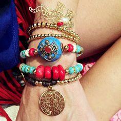Set By Vila Veloni Multicolor And Fashion Charms Bracelets