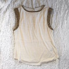Madewell Gold Accented Tank with Tags Never Worn With Tags! style # 69116 70% Polyester 30% Wool Madewell Tops Tank Tops
