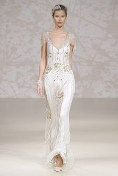 143ef8417 via Shira Weinberger's Bridal Fashion Guide to Romantic Wedding Dresses  Casual Wedding, Wedding Decor,