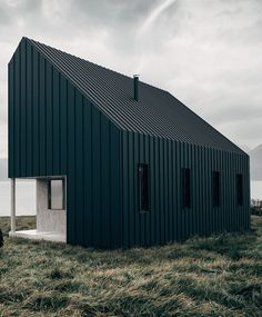 Flat-packed cabin co