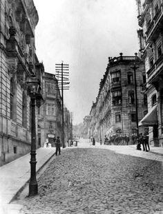 Rúa de Velázquez Moreno