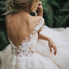Simply enchanting ✨ The details! What a stunning @pronovias gown captured here by @jagodaowczarek_fotografia ✨ Tag someone you know who would love this! More dresses on our site, link in bio.  .