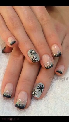 I'm gonna have this nails done this Christmas <3 #nails #design #xmas #holiday