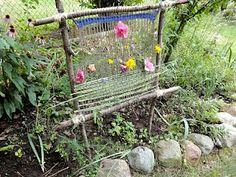 Education Joyeuse*: Fabriquer un métier à tisser dans le jardin