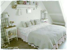 Lovely bedroom by Tamara Jonker Pink # brocante # slaapkamer # cozy # landelijke stijl