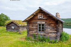 Wooden Buildings, Old Buildings, Old Houses, Places To Go, Nostalgia, Cottage, House Styles, Cabins, Lifestyle