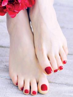 Pretty Toe Nails, Pretty Toes, Red Toenails, Beautiful Toes, Feet Nails, Sexy Sandals, Foot Toe, Cute Toes, Sexy Toes