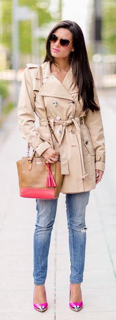 Crimenes de la Moda Gabardina/Trench: Calvin Klein Jersey/Sweater: I.Code IKKS Gafas de sol/Sunglasses: Tommy Hilfiguer Jeans: Levi's Zapatos/Shoes: Chinese Laundry Bolso/Bag: Coach