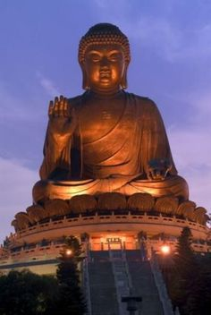 Dalian Hong Kong, Places Around The World, Around The Worlds, Po Lin Monastery, Places To Travel, Places To Go, Chinese Mountains, Giant Buddha, Buddha Buddhism
