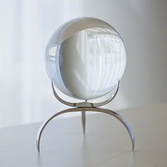 GLOBAL VIEWS   products   Clearlight Orb