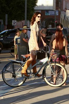 Michelle Monaghan Photos Photos: Michelle Monaghan rides a bike around Venice Beach while filming scenes for her new film 'A Many Splintered Thing' Bicycle Girl, Bike, Captain America Star, Made Of Honor, Michelle Monaghan, Venice Beach, Lace Skirt, White Dress, Dresses