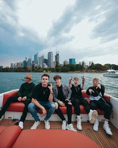 got to sing in the middle of the water outside of the opera house, rode a speed boat, jonah met a couple birds, and… Why Dont We Imagines, I Need U, Why Dont We Band, Jonah Marais, Zach Herron, Jack Avery, Corbyn Besson, Cool Bands, A Good Man