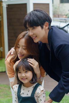 Korean Drama Best, Korean Drama Movies, Korean Dramas, Action Anime Movies, Lee Joon Gi Wallpaper, Lee Joong Ki, The Flowers Of Evil, Moon Chae Won, Movies