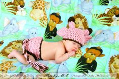 Pink baby giraffe hat and diaper cover