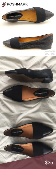 Audrey Brooke Lisa Quilted Leather Pointed Flats Audrey Brooke Lisa Quilted Leather Pointed Toe Flats size 7 ----- 🚭 All items are from a non-smoking home. 👆🏻Item is as described, feel free to ask questions. 📦 I am a fast shipper with excellent ratings. 👗I love bundles & bundle discounts. Feel free to make an offer! 😍 Like this item? Check out the rest of my closet! 💖 Thanks for looking! Audrey Brooke Shoes Flats & Loafers