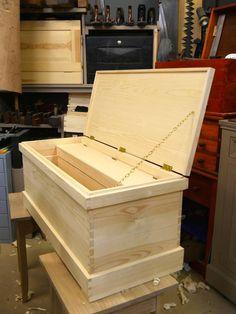 Wood Tool Box, Wood Tools, Furniture Projects, Furniture Design, Tool Box On Wheels, Tool Cabinets, Tool Organization, Type 1, Woodwork