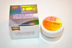 Designed for easy application, this gentle lash glue remover effectively removes eyelash extensions. Consisting of a thick creamy paste, this glue remover offers minimal irritation during the removal process. This product is for Professional Use Only. This adhesive remover can be used to remove any type of lash glue.