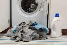 En ocasiones nos olvidamos de limpiar nuestros electrodomésticos, mantenerlos limpios y cuidados es fundamental para su uso. Te contamos trucos para limpiar la lavadora