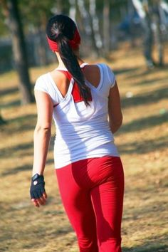 Brisk walk lowers risk of heart disease as much as running, according to study
