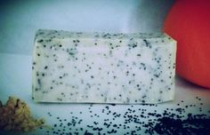 orange ginger poppy seed all natural cold process by LucySueSoap