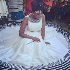 African Wedding Attire, African Attire, African Wear, African Women, African Dress, African Clothes, African Traditional Wedding, African Traditional Dresses, Traditional Wedding Dresses