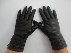 Aliexpress.com : Buy WS003 Fashion leather glove for women with black color from Reliable winter leather glove suppliers on wingsshop $31.00