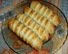 See related links to what you are looking for. Easy Sausage Roll Recipe, Sausage Rolls, Bread Dough Recipe, Frozen Puff Pastry, Salty Snacks, Hungarian Recipes, Food 52, Winter Food, Hot Dog Buns