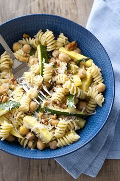 This minted squash rotini with chickpeas recipe makes for a tasty lunch.