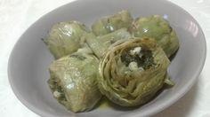 """Carciofi in umido, piatto della cucina siciliana, comunemente conosciuto a Palermo con il nome di """"cuacuocciuli a viddaniedda"""" semplice, povero,saporito"""