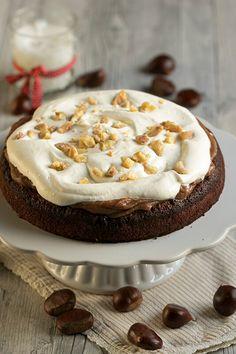 Portugalska kostanjevo čokoladna torta s stepeno smetano - Anina kuhinja