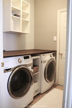 Oh boy, am I glad we gave our laundry room a makeover! Looking at these old images, gives me goosebumps. No wonder I hated to do laundry, it looked like a room you wouldn't want to be in!