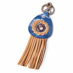 NOOSA Amsterdam Wabi Sabi Schlüsselanhänger tie dye blue: Wabi Sabi ist die Kultur des Unprätentiösen, beschreibt die Vergänglichkeit des Seins und lädt dazu ein, die kleinen Dinge des alltäglichen Lebens neu zu entdecken und für deren Schönheit empfänglich zu sein. Es handelt sich um ein japanisches ästhetisches Konzept, das sehr eng mit dem Zen Buddhismus verbunden ist.