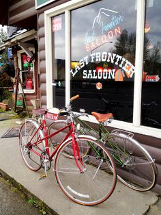 Our vintage Mixte Bicycles in front of the Last Frontier in Fall City. A nice early evening ride on our bicycles to have a salad. Ride Bicycles in Ravenna-Seattle restored our bikes to beautiful!