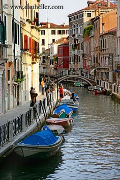 boats-in-canal-01.jpg  Explore the World with Travel Nerd Nici, one Country at a Time. http://TravelNerdNici.com